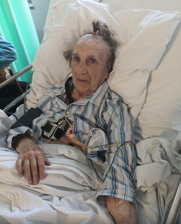 Zdjęcie zrobione po okresie opieki przez Aleksandrę, w szpitalu.